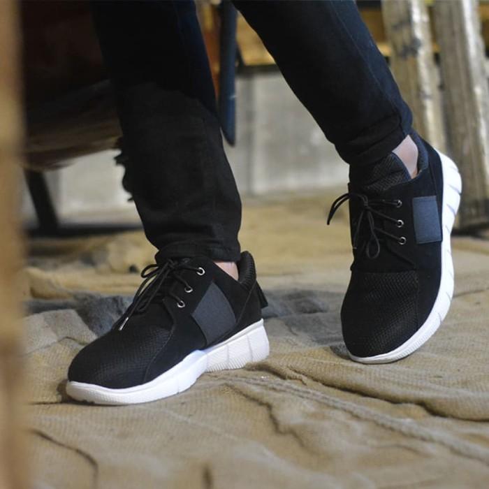harga Lvnatica flavio black - sepatu sneakers casual pria suede mesh Tokopedia.com