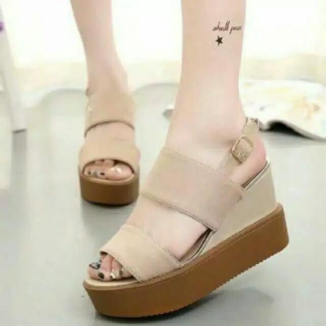 Sepatu sandal wedges cantik jh98