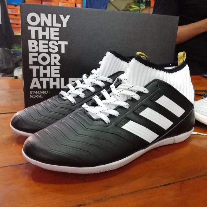 13b1765fe97 ... promo code for sepatu futsal adidas predator techfit replika original  black white ce4af 911e1