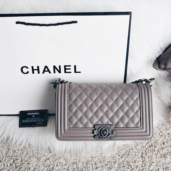 Jual Chanel Boy Medium Classic Flap Bag - - Bagwonder id  02d90afd4e