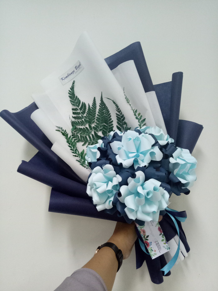 Jual Bunga Kertas Kombinasi Biru Emas Kota Semarang Malinaflowers Tokopedia