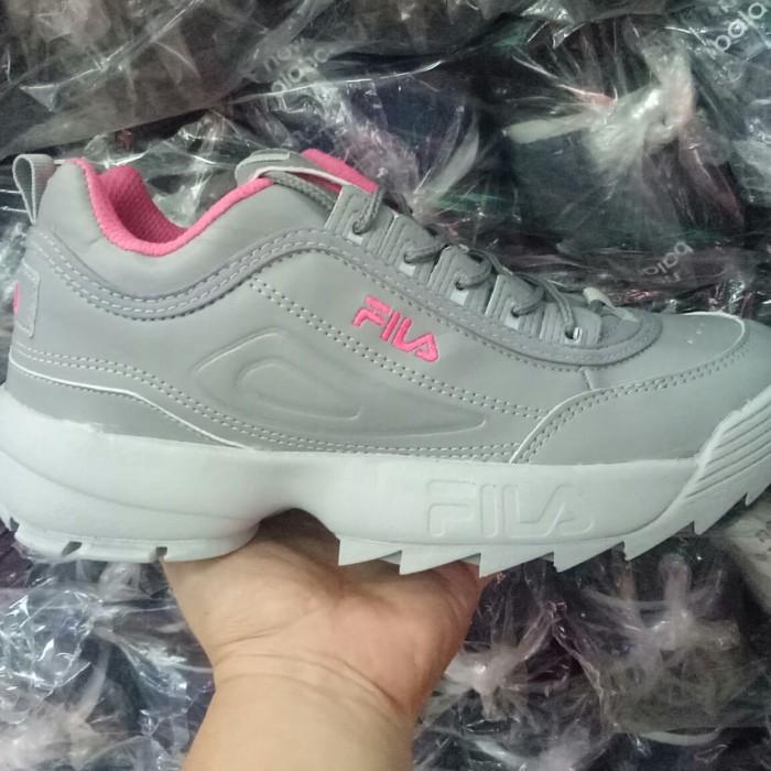 Jual sepatu sneakers casual fila disruptor II 2 abu pink cewek women ... 793f1e5150