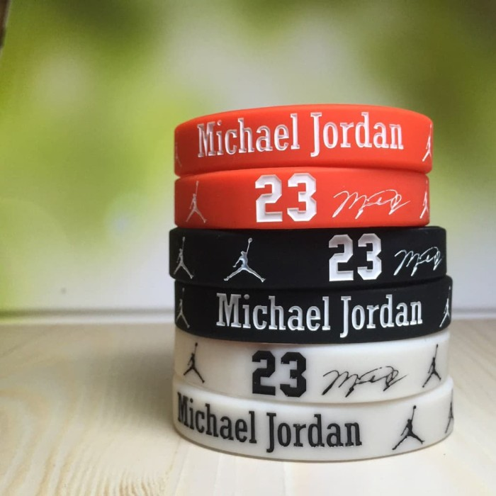 save off 793af 1ac59 Wristband MICHAEL JORDAN MVP  23 MVP SIGN NBA GELANG RUBBER BRACELET