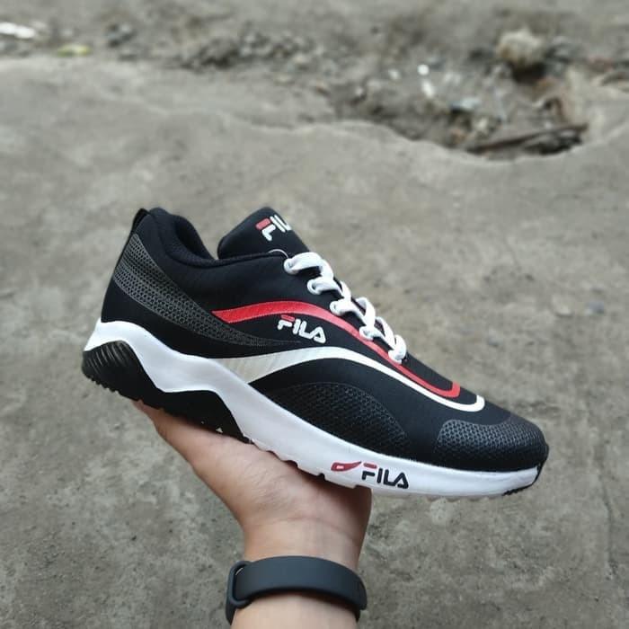 Jual Fila Running Sepatu Terbaru Pria Kota Kediri Suripah Shoes Tokopedia