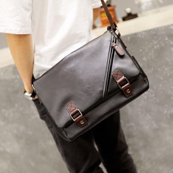 Foto Produk Tas Selempang Kulit Pria (HITO) dari Leather Concept