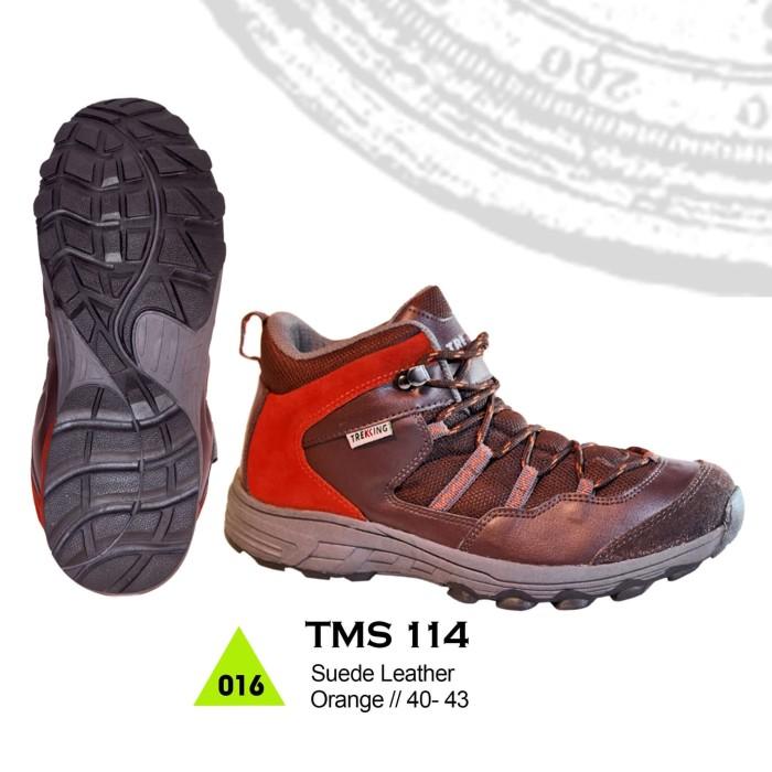 Jual Sepatu Gunung   Hiking   Boot   Adventure Pria Brand Trekking ... 0c9b13e96c