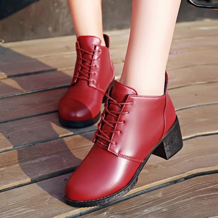 Jual Swd Sepatu Ankle Boots Wanita Low Heels Tebal Lace Up B Murah Harga Rp 166.800