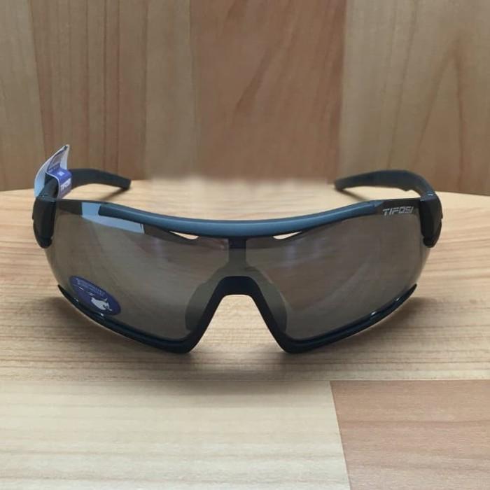 3c7e80fdc106b Jual Kacamata Tifosi Davos Matte Black Sunglasses - 3 Lenses - Kab ...