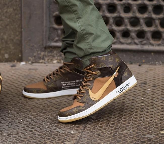 Jual sepatu Louis Vuitton x Nike Air Jordan 1 UN AUTHORIZED Original ... 951c60ff13