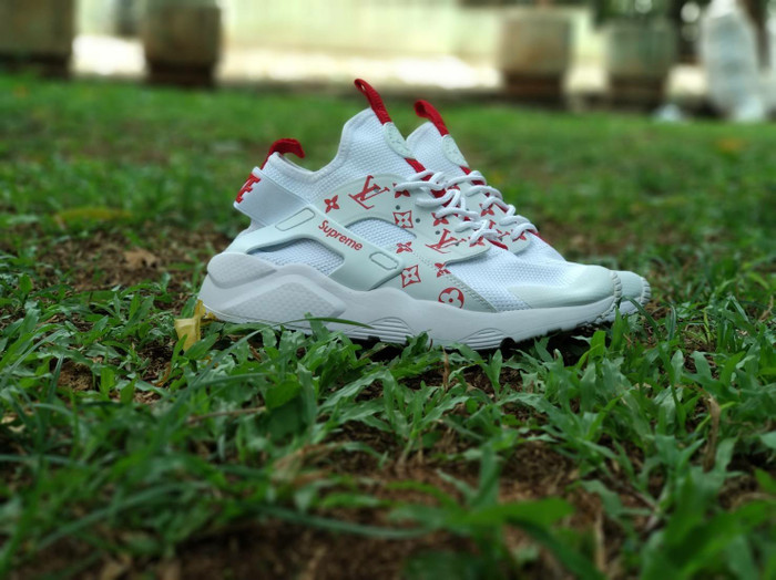 reasonably priced new high hot sale online Jual Sepatu Nike Air Huarache Louis Vuitton Supreme White Premium ...