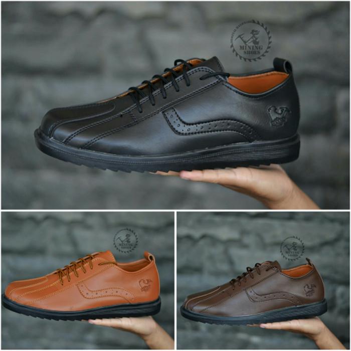... harga Sepatu casual pria formal santai sepatu keren lacoste kickers nike  Tokopedia.com bf0f6c774d