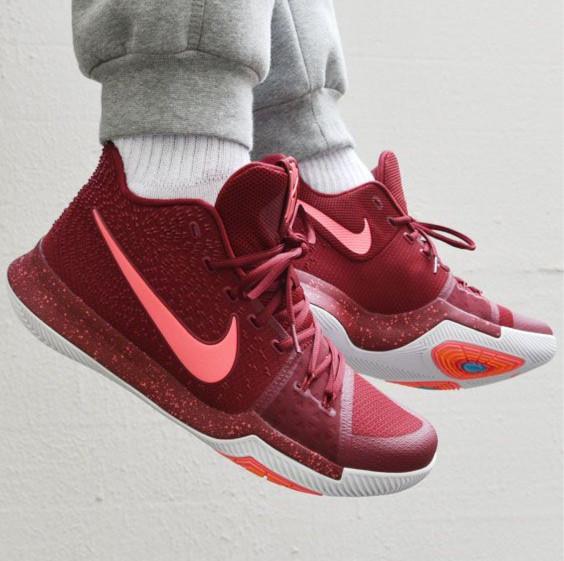 6e4bba211547 Jual Sepatu Nike Kyrie Irving 3 Burgundy Maroon Premium Original ...