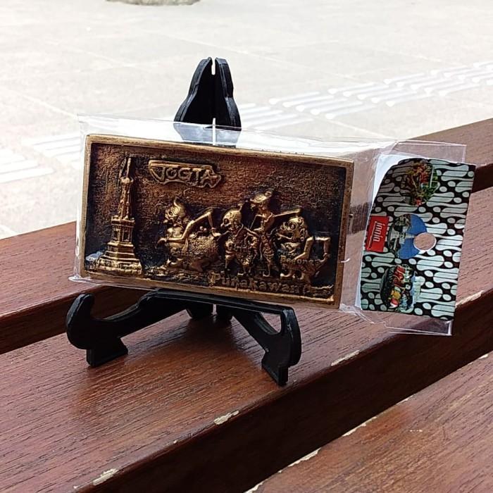 Foto Produk Souvenir Yogyakarta Magnet Kulkas Jogja Punakawan Tokoh Pewayangan dari RAFANIA SOUVENIR JOGJA