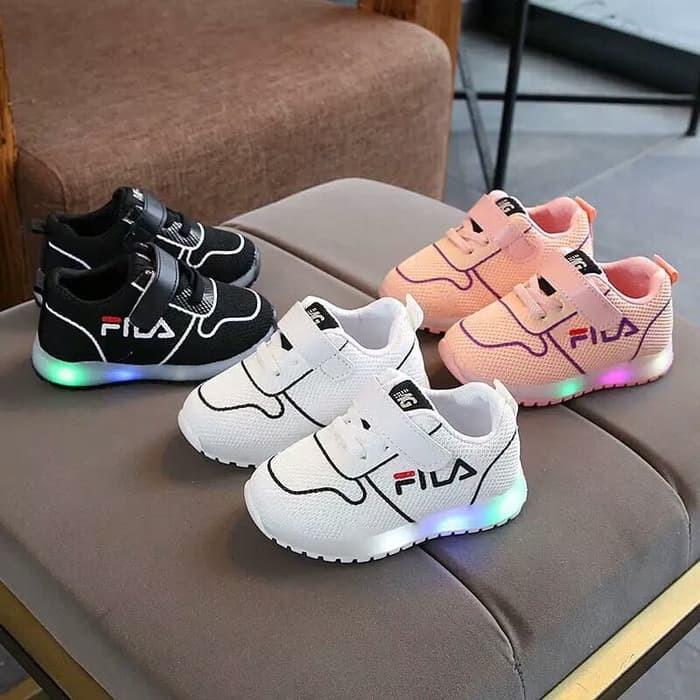 Jual Sepatu anak led merk FILA untuk anak laki-laki dan perempuan ... 636552effa