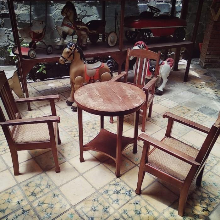 65 Gambar Meja Dan Kursi Antik Terbaik