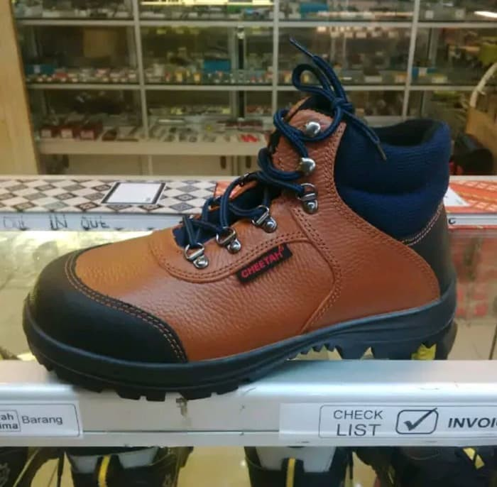 Jual Safety Shoes   Sepatu Safety Cheetah 5101 CB - Dunia Cakrawala ... 00a48df2e0