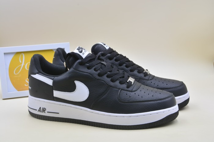 official photos 48d64 a6e60 Jual Supreme Comme Des Garcons Nike Air Force 1 Low - DKI Jakarta - 6th  sense of fashion | Tokopedia
