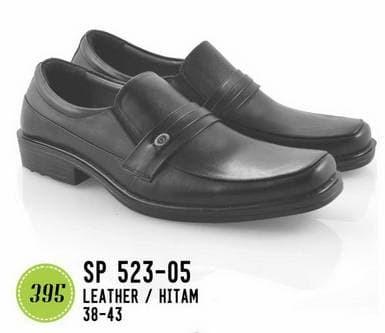Jual Sepatu Formal Kantor Pantofel Pria Keren Kekinian Ori MURAH ... ac706940c4