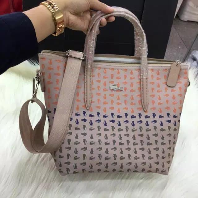 harga Tas selempang lacoste classic small tote sling bag import murah  Tokopedia.com 8e2306be15