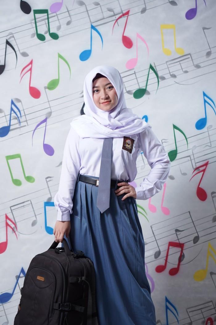 Hijab Square Hijab Sekolah Neci Polino - Daftar Harga Terlengkap ... a2c6609303