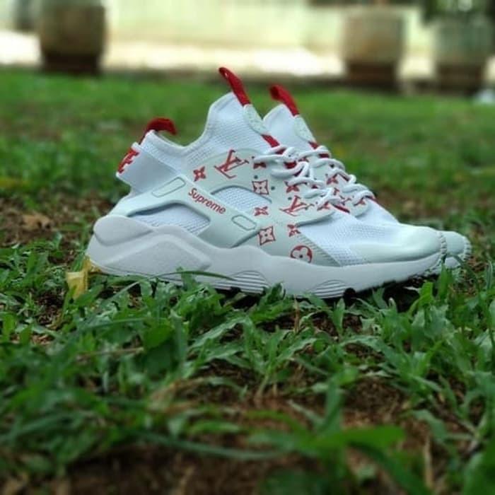 quality design de917 92404 Sepatu Nike Air Huarache Louis Vuitton Supreme White Premium Original