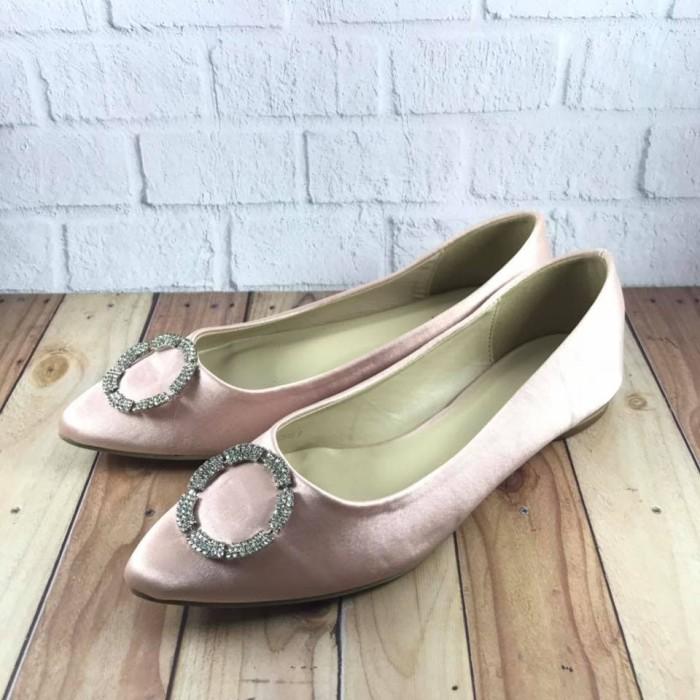 61f3d06c7348 Beli - Sepatu dan Sandal di Tokopedia.com Melalui Jne