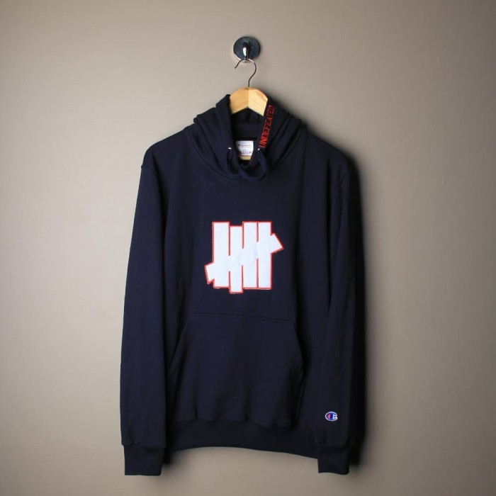 461c1d1ef73 Jual SWEATER HOODIE UNDEFEATED X CHAMPION NOT STUSSY VLONE GUCCI OFF ...