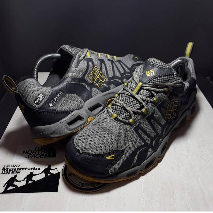 Jual Sepatu Hiking outdoor Columbia ODry - Alya OnStore  88cc6abfe7