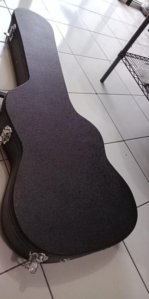 Katalog Fender Stratocaster Travelbon.com