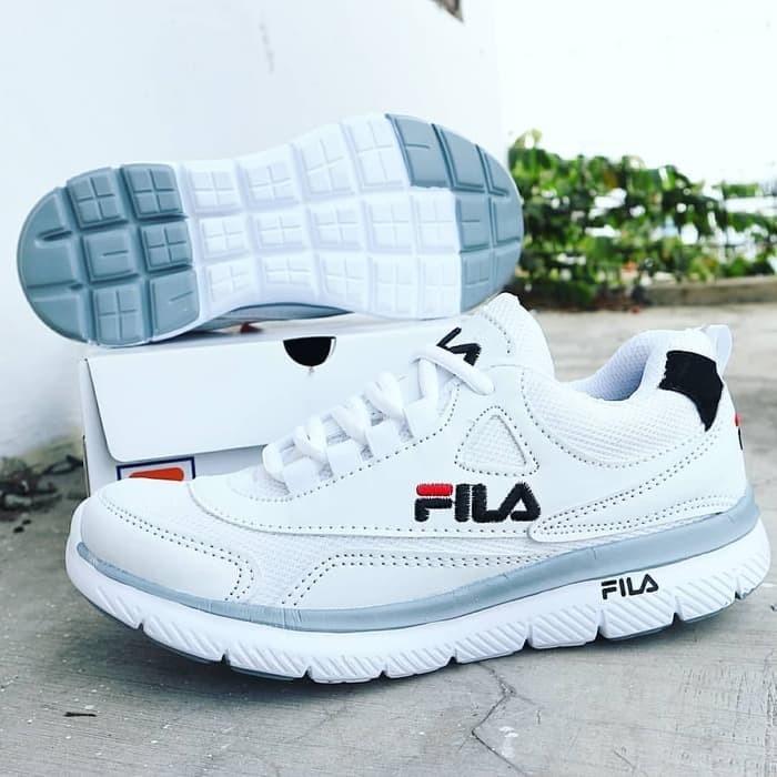 Jual Sepatu Fila Sneakers Fila Fashion Pria Running Grade Ori Warna ... 249d671857