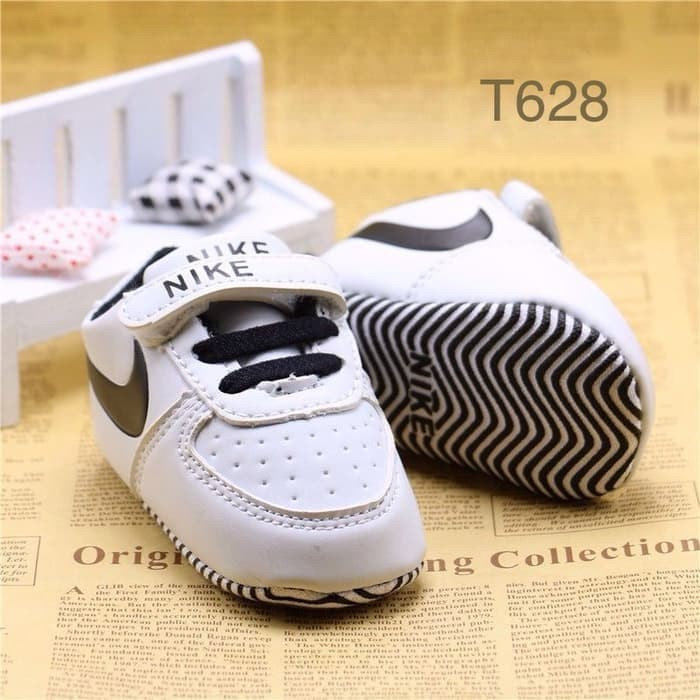 harga Sepatu bayi prewalker cow converse - pwa32