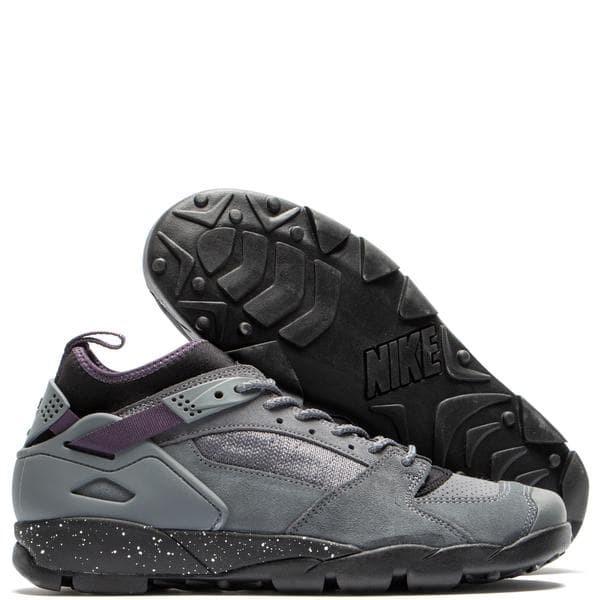 d07b4d42d121b Jual hikking shoes Nike ACG Air Revaderchi Flint Grey / Black - Kota ...