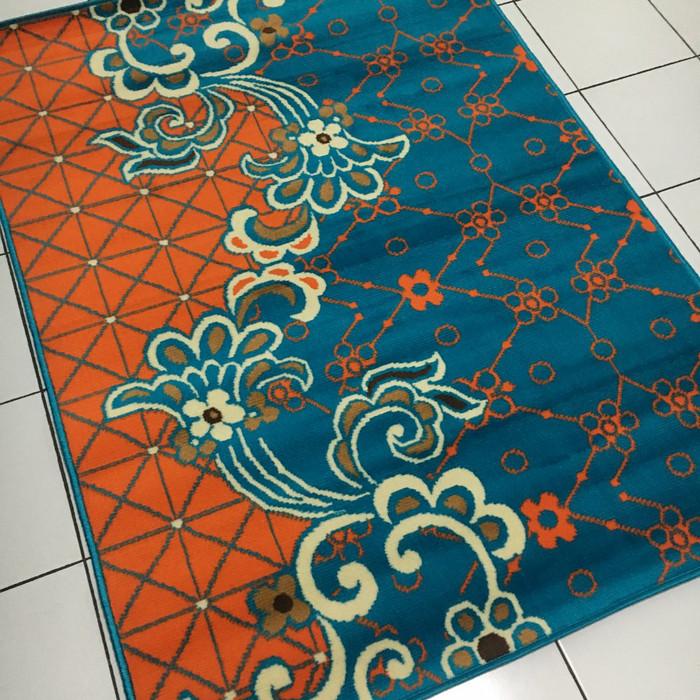Karpet minimalis moderno ukuran 190 x 260 162066 tq blue