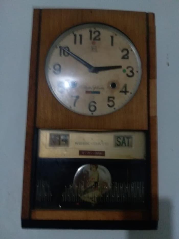Jual Jam Dinding Kuno Antik Bandul Lubang Dua RHYTHM 30 Day ... 3f91fa0713