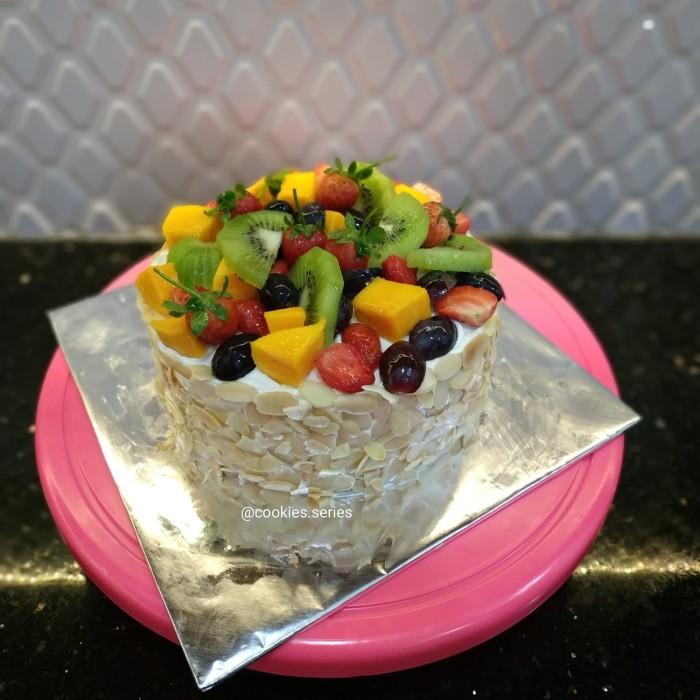 harga Kue ulang tahun birthday cake fruit cake premium enak Tokopedia.com