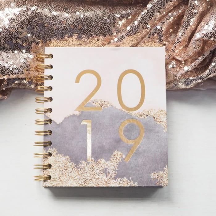 harga Spiral notebook 2019 + box - glamour Tokopedia.com