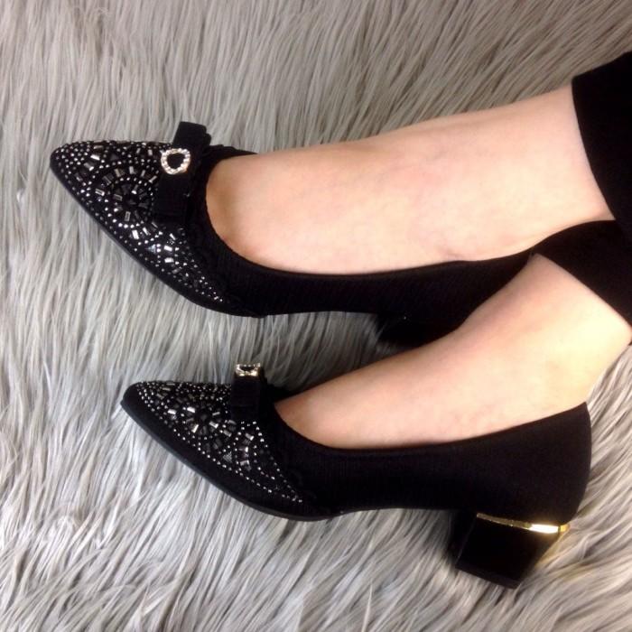 ff1287d2a35 Jual Sepatu Wanita Branded 100 Original Bermerk ELIZA Veronique ...