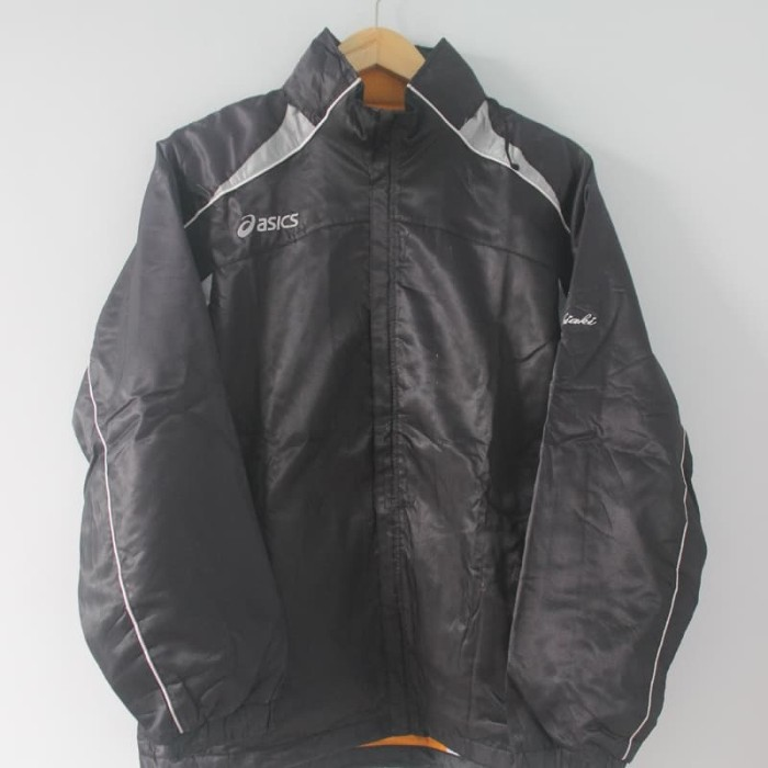 Jual Jaket Parachute Asics Black List Grey Second Original Murah ... 324d550706