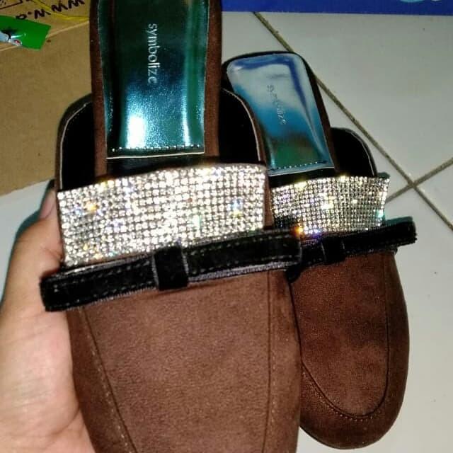 Foto Produk sepatu sandal symbolize dari bojo.galak