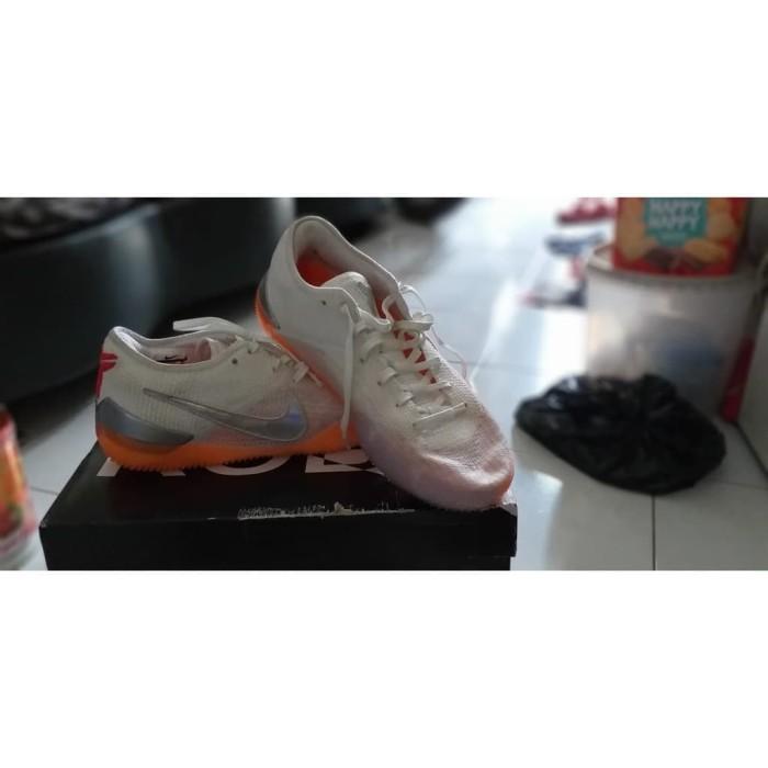 6d50eef87ffc Sepatu Basket Nike KObe AD NXT 360