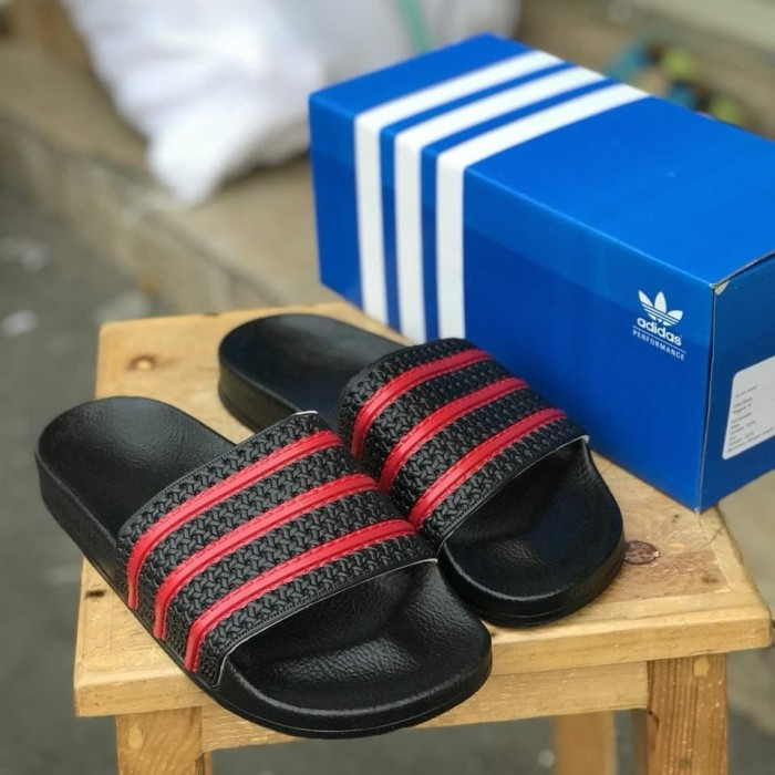 Foto Produk Jual sandal adidas adilette original made in italy dari Necromantis.Co
