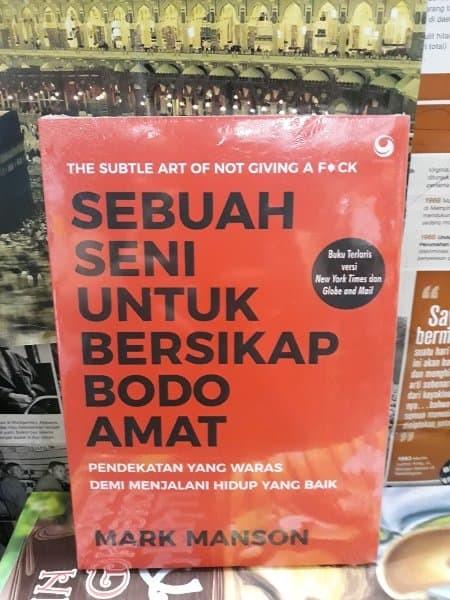 Jual Buku Sebuah Seni Untuk Bersikap Bodo Amat By Mark Manson Kota Malang Petinggi Tokopedia