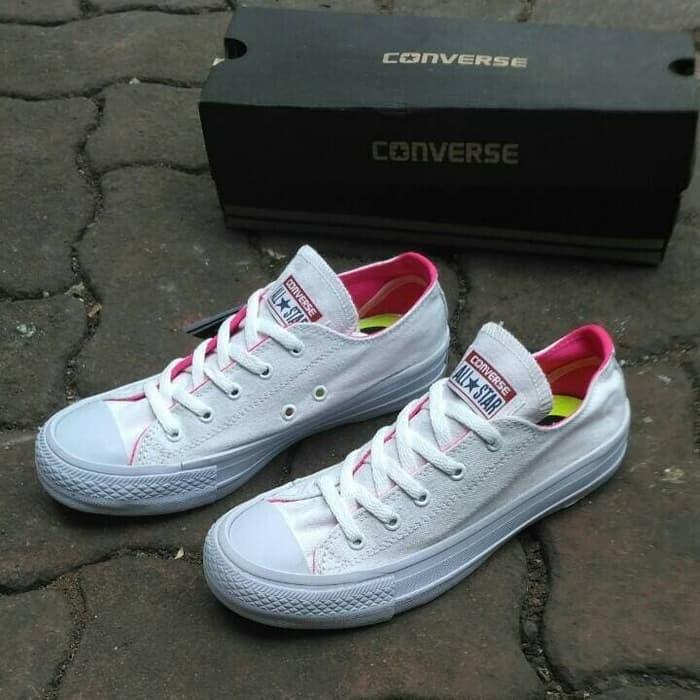 Terlaris sepatu sneakers casual converse chuck taylor putih pink cewek ab03038aa1