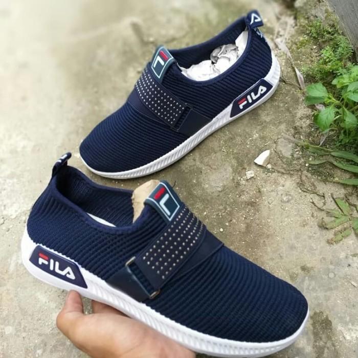 Jual Sepatu Slip On Wanita FILA size 36-40 murah - Restu Fashion ... b8f7c8929a