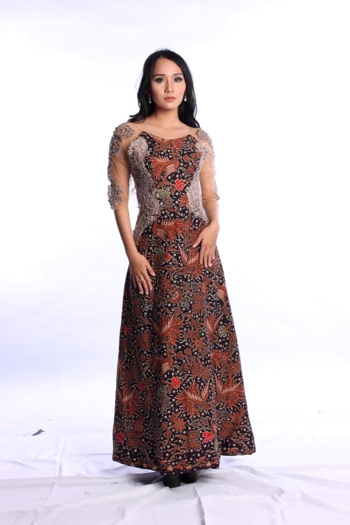 Jual Long Dress Batik Katun Cap Sarimbit Couple Kombinasi Brokat Mutiara Kota Surakarta Arcobaleno Batik Tokopedia