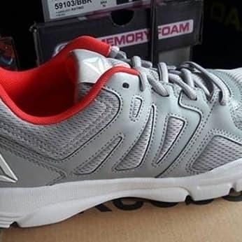 ffee2f03ad4 Reebok Trainfusion Nine 3.0   Sepatu Reebok   Olahraga   Original