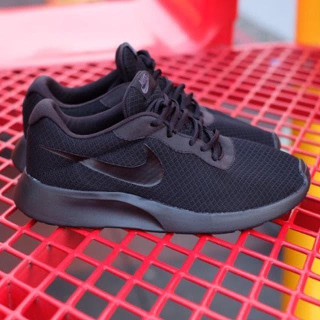 Jual Nike Tanjun Trainers Full Black