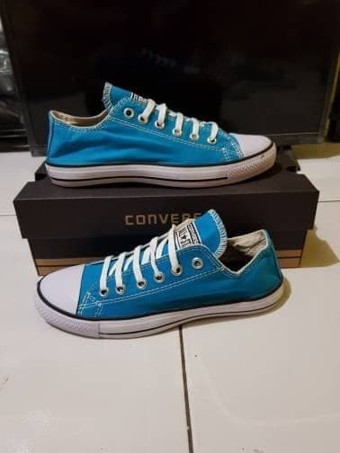 Jual sepatu converse allstar - Dilan Fashions  5c57dec44a