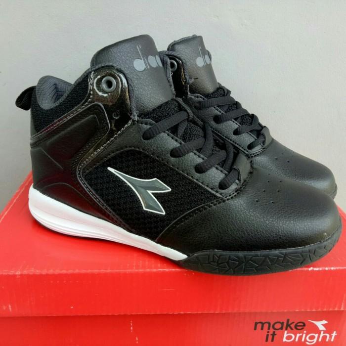 ... harga Original 100% sepatu basket sepatu sekolah anak diadora justino  Tokopedia.com cbea732231