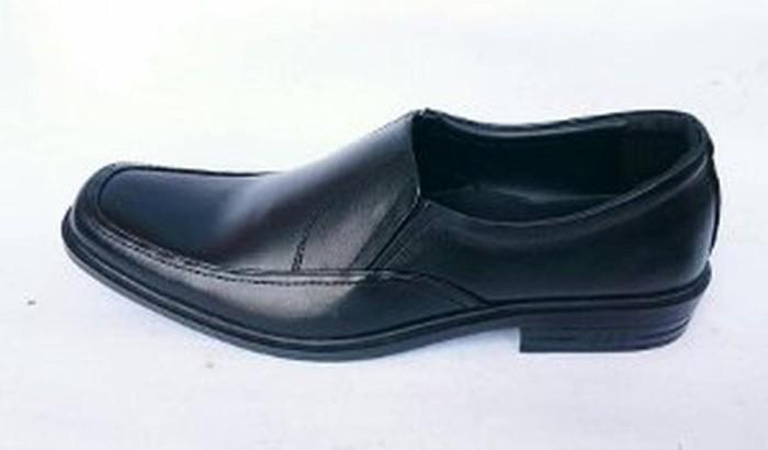 Jual HARGA HEMAT Rasheda sepatu pantofel pria kulit asli K02 Hitam ... 5c92e726d9